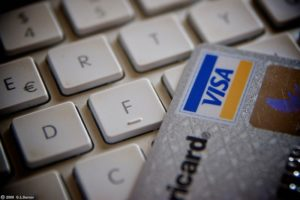 Analitzem la venda online: tècniques i funcionament en retail.
