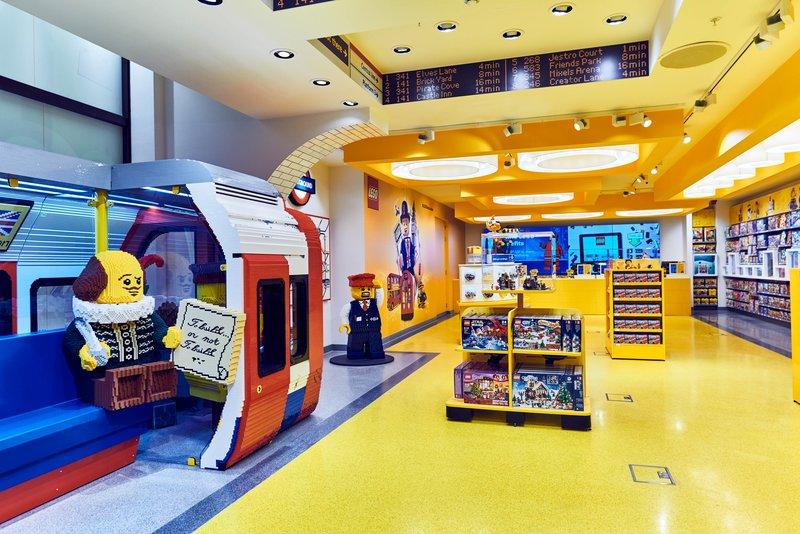 Muestra del interior de la impresionante flagship store de Lego en Londres