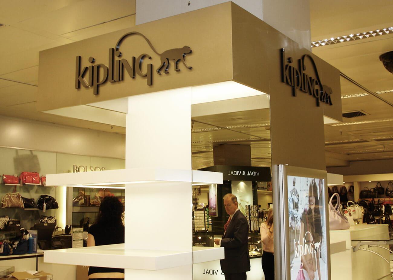 kipling-img02-caad-retail-design-barcelona-Recuperado