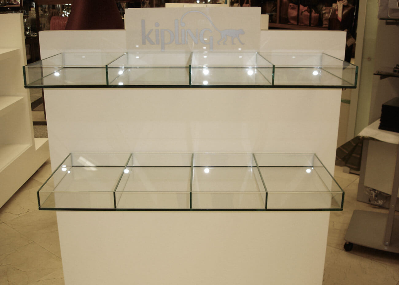 kipling-img03-caad-retail-design-barcelona-Recuperado